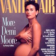 Обнаженные фотосессии беременных звезд: лучшие обложки