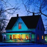Прежняя жизнь большого дома – в выходные и праздники