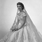 Невесты клана Кеннеди: лучшие свадьбы и платья