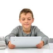 Ребенок, компьютер, интернет: что опасно на самом деле