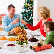 Как правильно питаться в новогодние праздники: самые частые вопросы