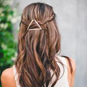 Прически на длинные волосы: 6 идей с невидимками