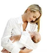 Почему недоношенного ребенка надо много носить на руках