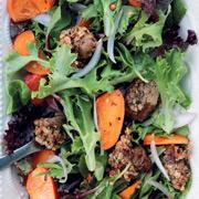 Отмечаем Рождество: 2 рецепта. Утка в духовке и теплый салат с хурмой