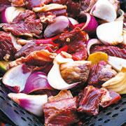 Влад Пискунов: Шашлык – быстро: рецепт маринада и кетчуп в котелке