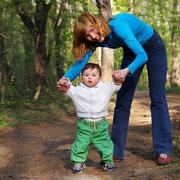 Безопасность ребенка летом: прогулки, поездки на машине, бассейн