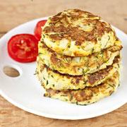 Завтрак в мультиварке: омлет с лавашом и оладьи из кабачков