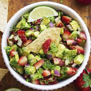 Рецепты закусок: хумус и сальса из самых разных овощей и фруктов