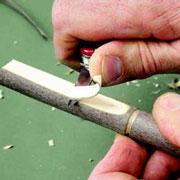 Резьба по дереву: поделки из веток своими руками. С чего начать?