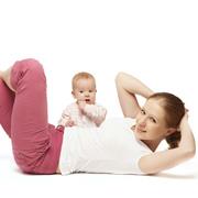 После родов: как молодой маме ухаживать за собой