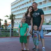 Отдых с детьми: в Турцию – по горящей путевке. Сборы за одну ночь, как в кино