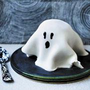Хэллоуин для детей: угощение-привидение