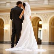 Тенденции свадебной моды 2010