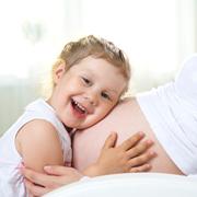 Второй ребенок: как организовать жизнь после родов