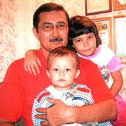 Наш папа – врач и писатель. 9 книг и тысячи спасенных детей