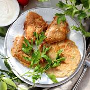 Из молодой капусты и кабачков: лепешки, драники, оладушки
