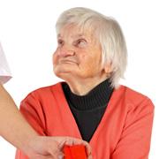 Деменция у пожилых людей. Как найти своего врача?