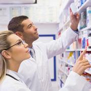 Куда поступать с химией и биологией? Фармацевтический колледж или вуз