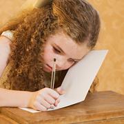 Ребенок плохо пишет и читает. Что такое дислексия?