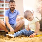 Как увести ребенка с детской площадки домой без боя