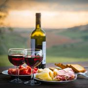 Вино и шампанское: какие бокалы купить и как открывать бутылку