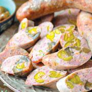 Домашняя колбаса: 2 рецепта к Новому году и праздничному столу