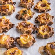 Новогодние рецепты: имбирное печенье и пирожки-калитки