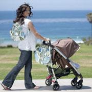 Как выбрать прогулочную коляску на лето