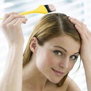 Как правильно покрасить корни волос в домашних условиях
