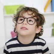 Как уберечь ребенка от школьной близорукости?