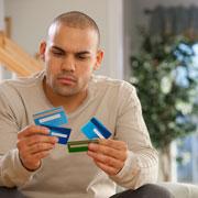 Какую банковскую карту выбрать? 9 способов мошенничества с картой