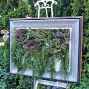 Ландшафтный дизайн: папоротники вверх дном и еще 4 идеи для сада