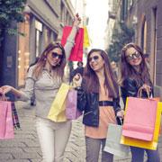 Аутлеты Милана, шопинг в Европе и США: сколько можно сэкономить?