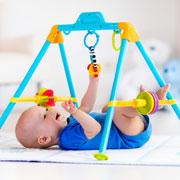 Какие бывают развивающие коврики для малышей и как выбрать подходящий