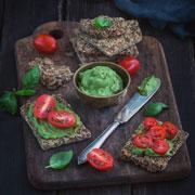 Рецепты для похудения: домашние хлебцы и цельнозерновые булочки