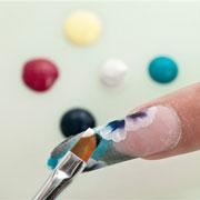 Как выбрать средства для укрепления ногтей