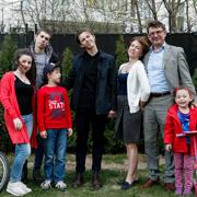 Кто возьмет в семью подростка? 4 истории приемных семей