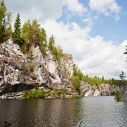 6 лучших национальных парков России для отдыха всей семьей