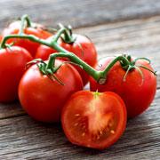 2 салата из помидоров на зиму, рецепты. Помидоры в банках