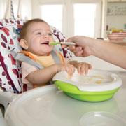 Первый прикорм: инструкция для молодых родителей