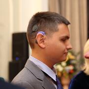 Как вернуть слух? Если слуховой аппарат не помогает