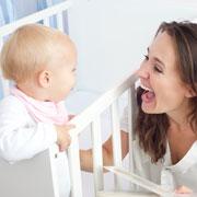 Почему дети позже начинают говорить?