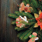 Как украсить елку: 10 фото из разных стран