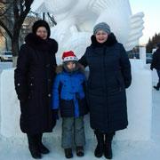 Дедушка – Дед Мороз, бабушка – Снегурочка. Как отметить Новый год в большой семье