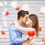Идеи для 14 февраля: вечер в ресторане, ночь любви и волшебное утро