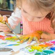 У вас растет одаренный ребенок: надо ли развивать талант?