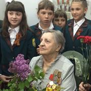 Наша бабушка воевала – а мы читаем ей стихи в День Победы