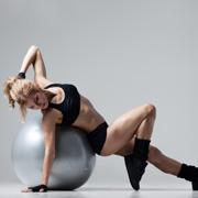 Как лечить остеохондроз: упражнения Бубновского в домашних условиях