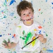 Александра Васильева: Как развивать у ребенка интерес к творчеству? Дайте детям кисть и краски!