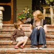 Необщительный ребенок: как ему помочь? 25 советов